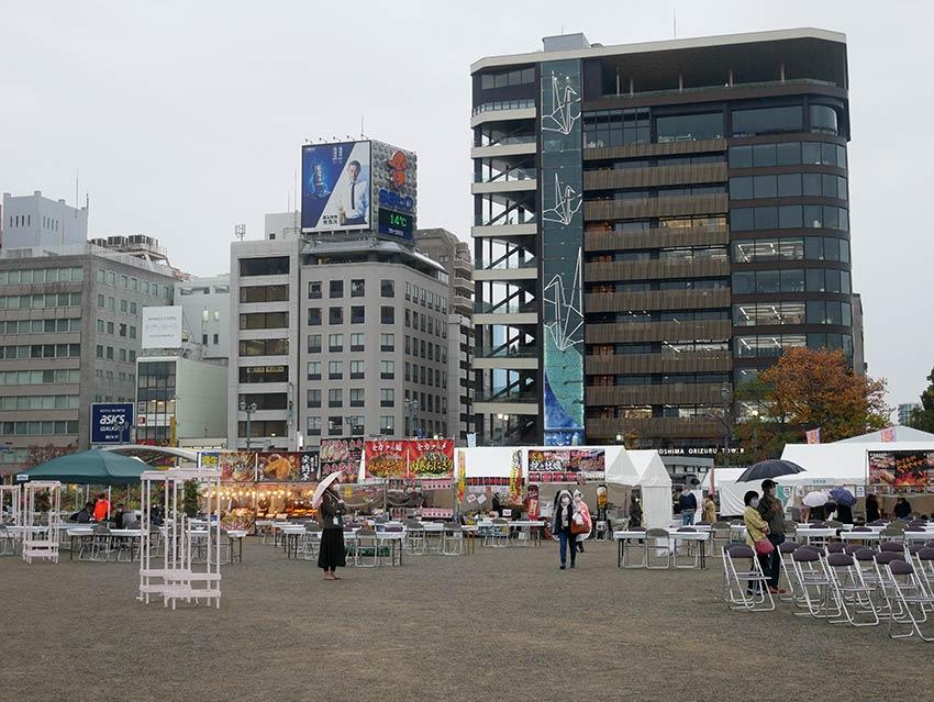 20112201